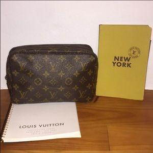 Authentic Louis Vuitton Trousse 23 Toiletry Bag